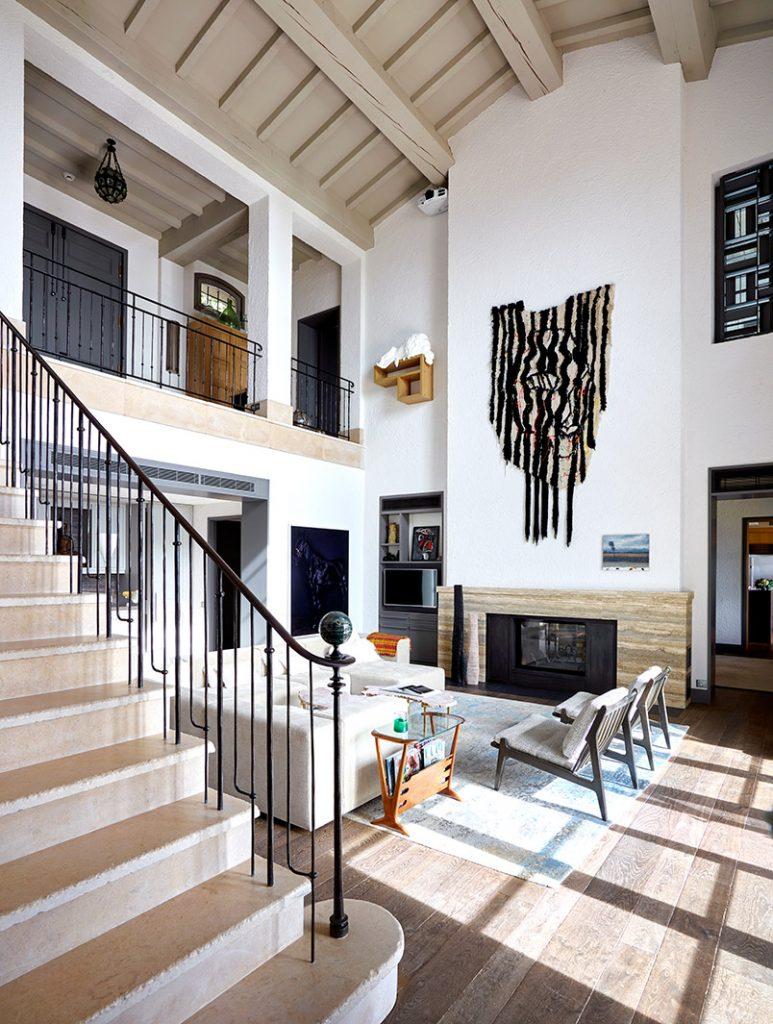 10-light-filled-living-rooms-designed-by-london-based-interior-designers-we-love11